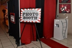 photo-booth-for-rent-1